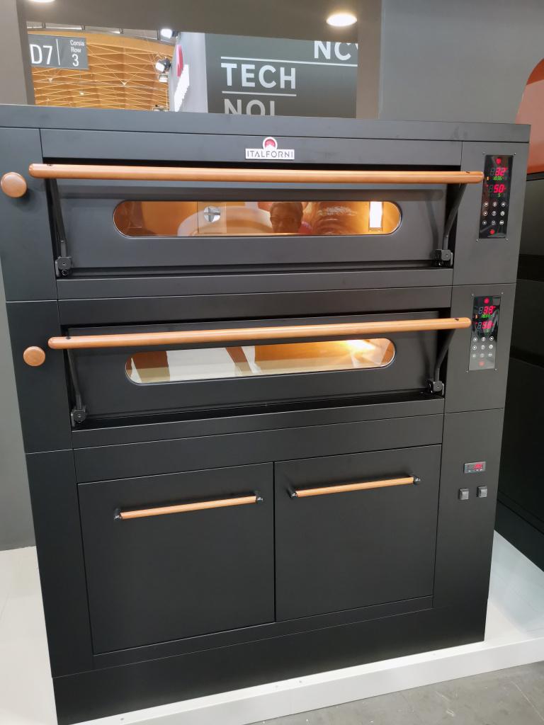 печь-для-пиццы-italforni-black.jpg
